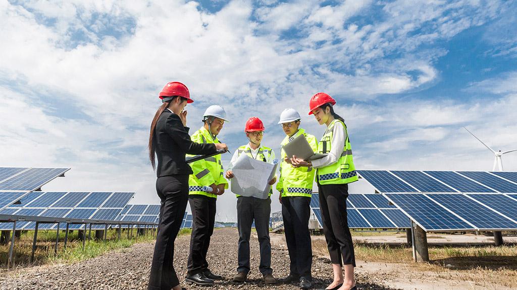 Workers planning solar plan - solar farm - Northmore Gordon